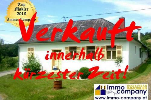 Bauernhaus mit Fernblick – ca. 110m² Wohnfläche – ca. 7.900m² Grundfläche Wunderschöne, absolut ruhige Lage, östlich von Jennersdorf gelegen – Ideal für Pferdehalter!