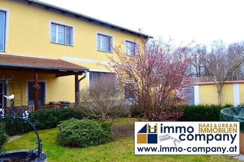 Riesiges MEHRFAMILIENHAUS nahe Hollabrunn mit 350 m² Wohnfläche + zus. 300 m²