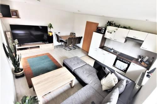 BIRGITZ - gemütliche 2-Zimmer-Wohnung mit Balkon und Panoramablick
