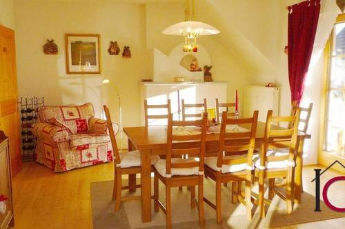 Ausgesprochen schönes 3-Zimmer-Appartement mit Balkon