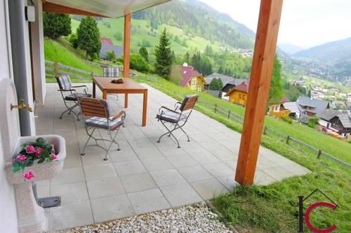 Wunderschönes Appartement mit Terrasse und Garten in Aussichtslage