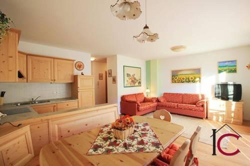 Neuwertiges Appartement mit Balkon Nahe der Therme