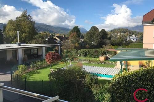 Schöne, renovierte Altbauwohnung mit Gartennutzung und Doppelcarport