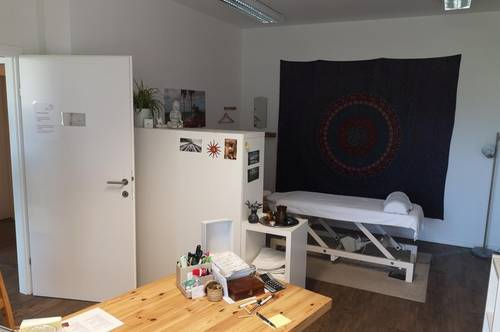 Perfekter Raum für Masseure/Physio/Fußpflege oder BÜRO !!!