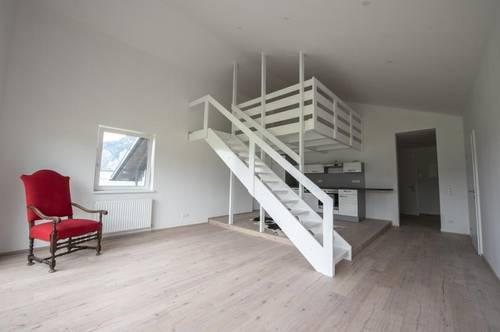 Neue Dachgeschosswohnung mit Galerie!