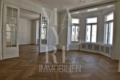 Erstbezug nach Generalsanierung, prachtvolle Altbauwohnung mit kleinem Balkon und Klimaanlage in schönem Stilhaus, unbefristet