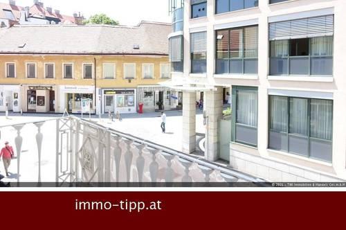 Baden – Zentrum! Revitalisiertes Altbaujuwel mit kleiner Terrasse im Theresienschlössl