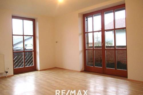 Schöne Wohnung mit 3 Zimmern und 2 Balkonen in ruhiger Randlage von Thalgau!