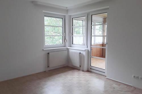 2 Zimmer-Wohnung, in einem Wohnhaus mit nur vier Wohneinheiten