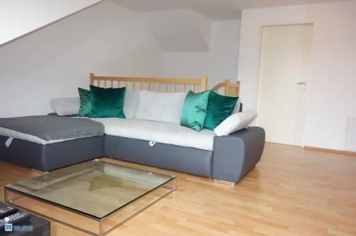 Schöne Aussichten - individuelle 4-Zimmer-Galeriewohnung mit Gebirgsblick