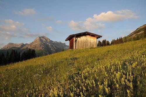 Lech Arlberg - Baugrundstück mit vielen Möglichkeiten   Lech Arlberg - rare building plot with various potential