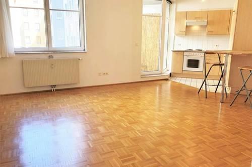 1-Zimmer-Wohnung mit Balkon in Laudongasse 34/2/21