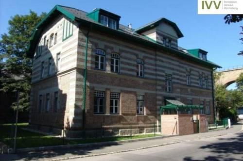 Freiparkplatz Haeckelstrasse 33 - Einfahrt Parallelstraße