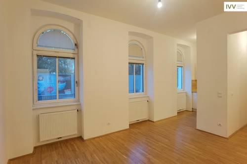 3-Zimmer-Wohnung in wunderschönem Altbau!