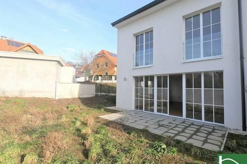 Erstbezug über 3 Etagen mit Garten & Terrasse & Dachterrasse! Garage!