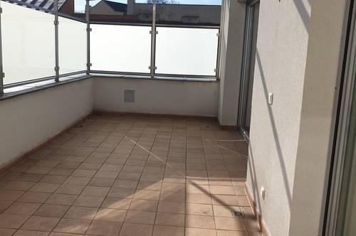 !!Studenten aufgepasst! WG taugliche 5 Zimmer Wohnung in Herzen von Eisenstadt inkl. 2 Autoabstellplätze!!