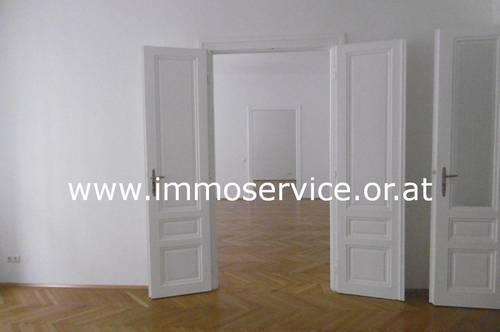Ordination/Wohnung/Büronutzung - sanierter Stilaltbau!