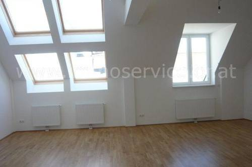 Moderne, unbefristete Terrassenwohnung