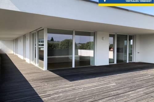 Stilvolles Wohnen - exklusive 3-Zi-Wohnung mit großer Dachterrasse