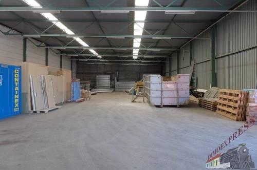 831 m² Kaltlagerhalle im Industriegebiet