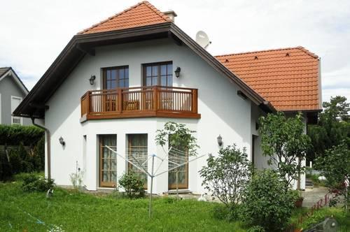 Einfamilienhaus in ruhiger Siedlungslage wartet auf nette Familie! - 20min nach Wien!
