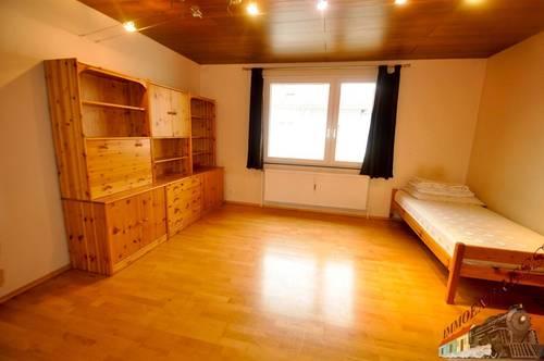 3 Zimmer Wohnung in Bahnhofsnähe( auf Wunsch auch unmöbliert!)