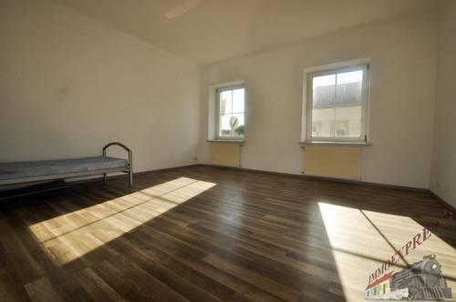 Sonnige Single-Wohnung in der Nähe des Traisenparks