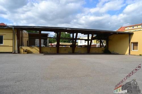 Abstellplätze für Boote - Anhänger - Wohnmobilie und Autos