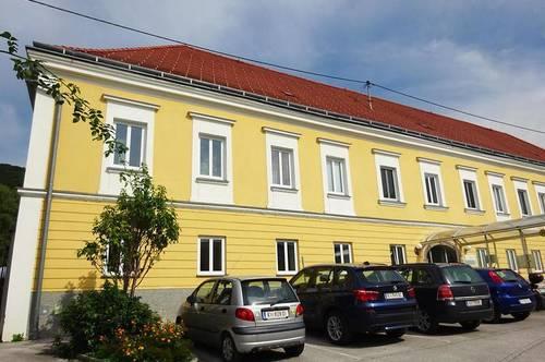 Großzügiges Geschäftslokal bzw. Büro im Zentrum von Micheldorf