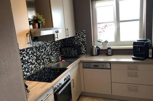 Tolle 2-Zimmer Wohnung, Küche gegen Ablöse