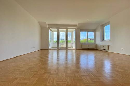 *3 MONATE MIETREDUZIERT WOHNEN*Großzügige 3-Zimmer Wohnung mit Loggia in Auberg
