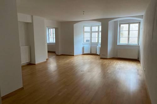 Hall in Tirol - schöne Altbauwohnung nahe des oberen Stadtplatzes ab sofort zu vermieten!