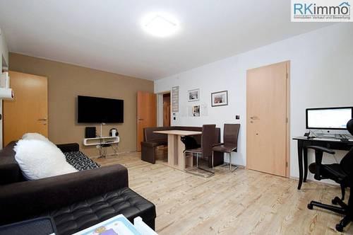 Bestgepflegte Eigentumswohnung in Sackgassenruhelage Keller 10 m² mit Licht - Stromanschluss