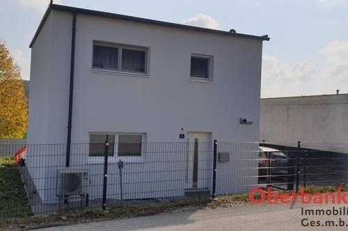 Neuwertiges Einfamilienhaus in beliebter Siedlungslage