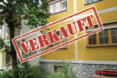 ERFOLGREICH VERMITTELT - Geräumiges Ein-Zweifamilienhaus mit XL-Dachterrasse