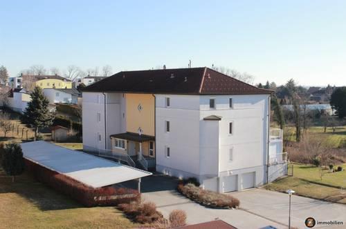 Rechnitz: Provisionsfreie Wohnung mit Garage und Balkon