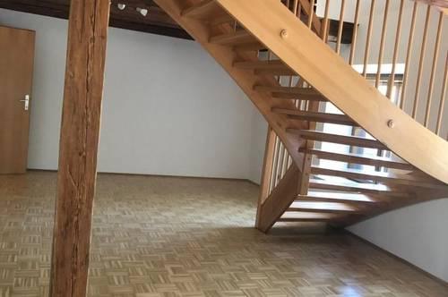 Große 3-Zimmer Maisonette Wohnung