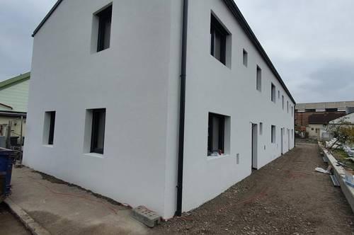 Neues Niedrigenergie - Reihenhaus in Wr.Neustadt