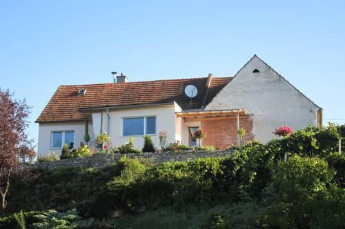 Jennersdorf: Sonnendurchflutetes Einfamilienhaus mit Fernblick