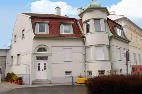 Villa mit Halle im Zentrum von Rechnitz
