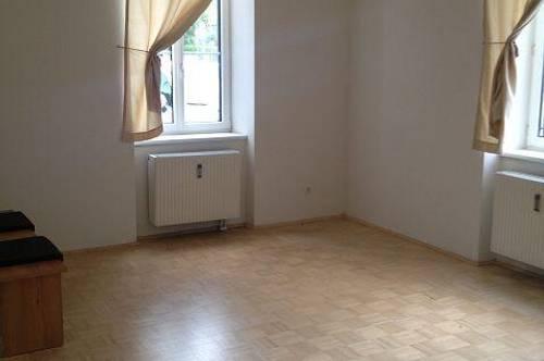 Judendorf, helle und freundliche 2-Zimmer Wohnung mit Küche