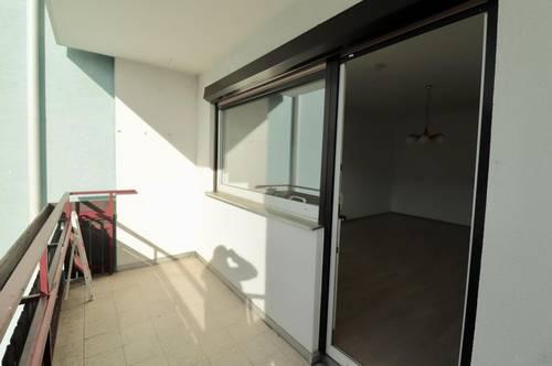 Gratwein, 2 Zimmer mit Balkon und NEUER Küche