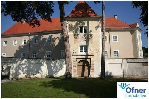 Exklusives Wohnen im Schloss Maria Lankowitz: toll sanierte Mietwohnung