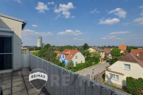 """<b>""""Traumausblick - Dachgeschoß-Balkon-Wohnung in Bahnhofsnähe""""</b>"""