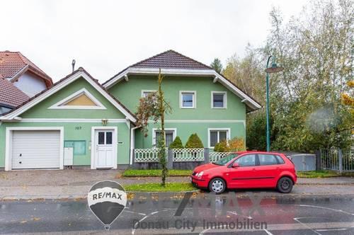 <b>&quot;Großes Einfamilienhaus für 2 Familien nähe Wien zu kaufen!&quot;</b>