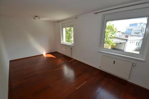 Strassgang - 31m² - 1 Zimmer - Küche möbliert - perfekte Single oder Studentenwohnung