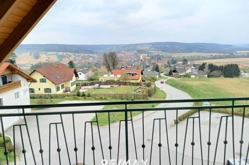 Schöne Wohnung mit Balkon und Aussicht !