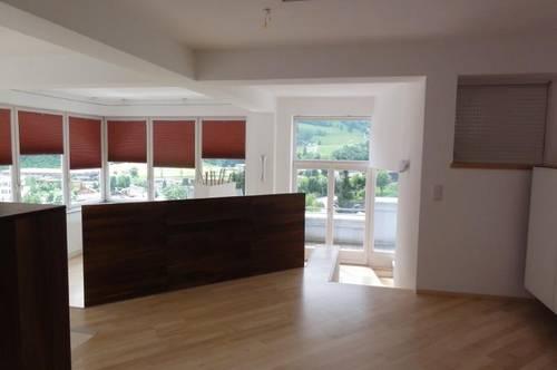MIETE: MODERNES AMBIENTE - BERGBLICK & SONNENLAGE - INDIVIDUELLER & GROSSZÜGIGER WOHNRAUM - MIETE: Attraktive Penthouse Wohnung in Schwarzach - Ski amadé