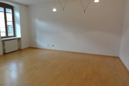 MIETE: GEMÜTLICHKEIT IM STADTZENTRUM - FLAIR EINER ALTSTADTWOHNUNG - 3 Zimmer Wohnung in St. Johann/Pg. – Ski amadé