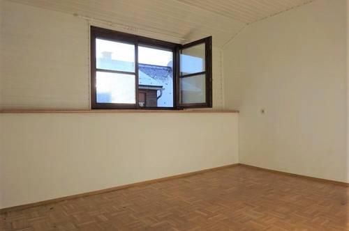 Attraktive, freundliche Wohnung im Altbaujuwel in zentraler Lage in Weiz